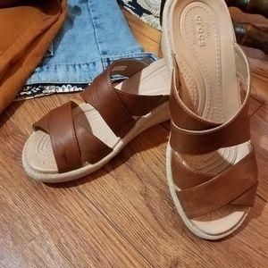 Crocs wedge platform sandals in EUC